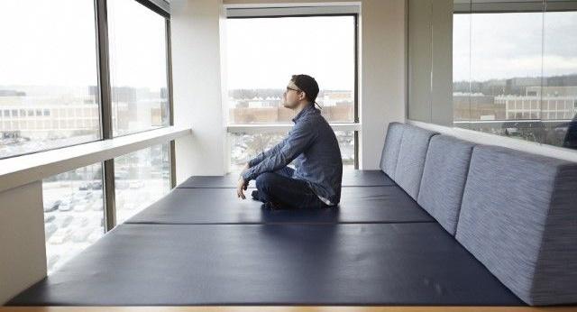office-meditation-room-productivity